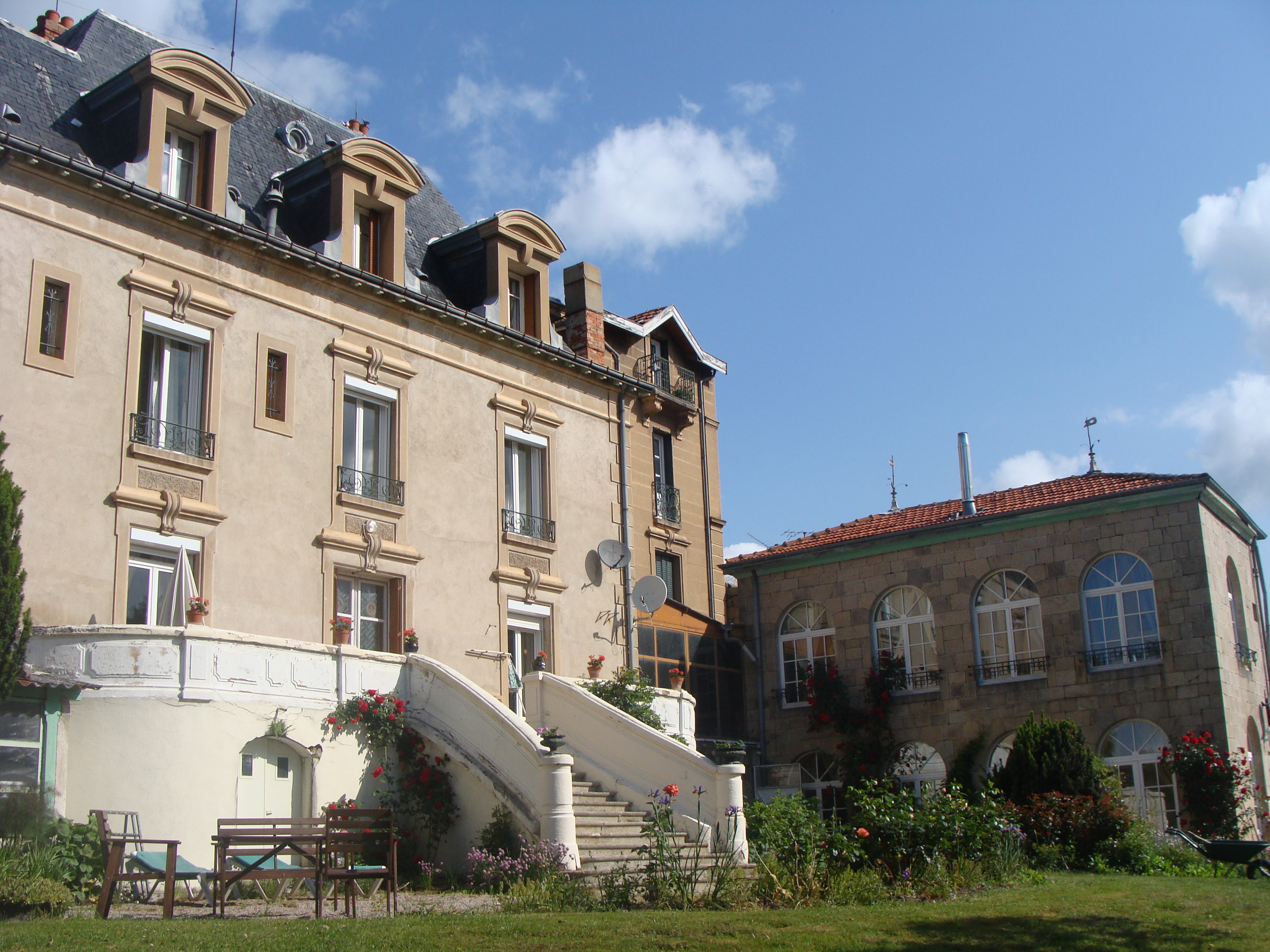 View of the Château and Orangery