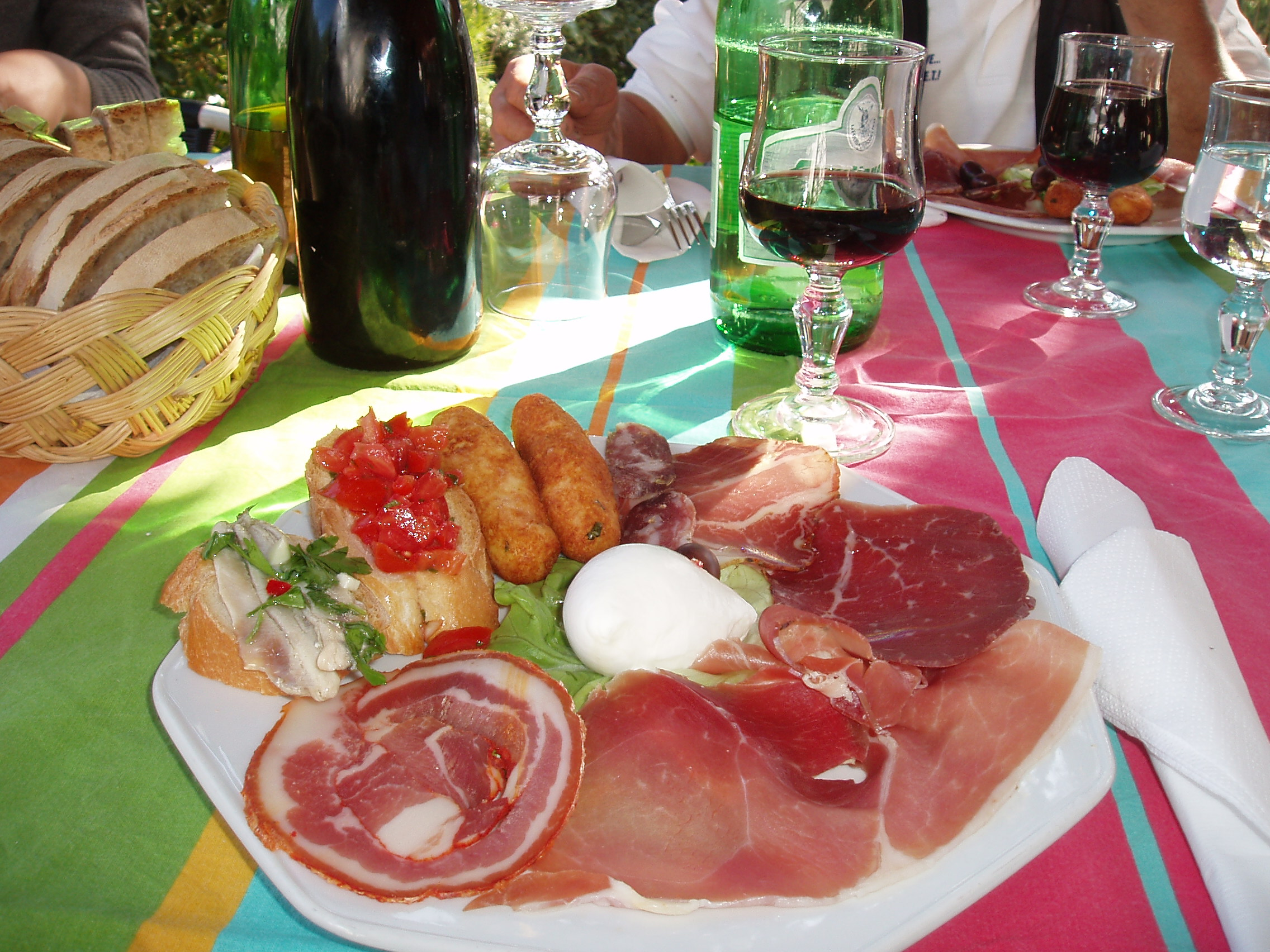 Not your average picnic lunch at I Moresani