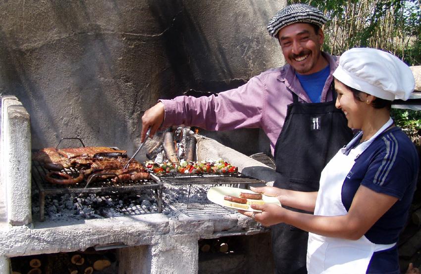 Enjoy delicious barbecues at Los Potreros