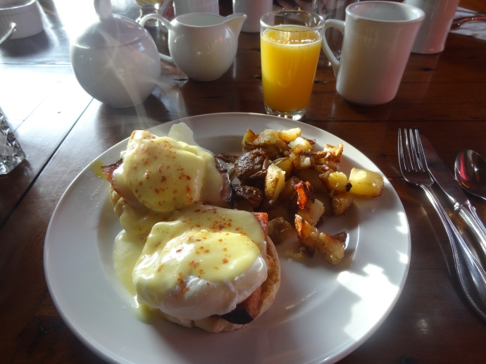 My favourite breakfast - eggs benedict!