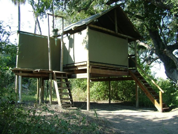 Spacious treehouses at Moklowane