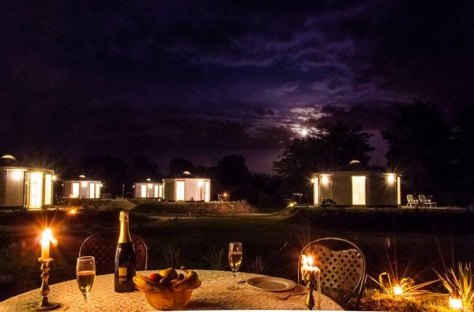 Homoki Yurt Luxury Glamping by night (2)